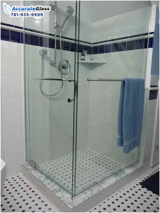 Benefits of buying sliding shower doors for your bathroom